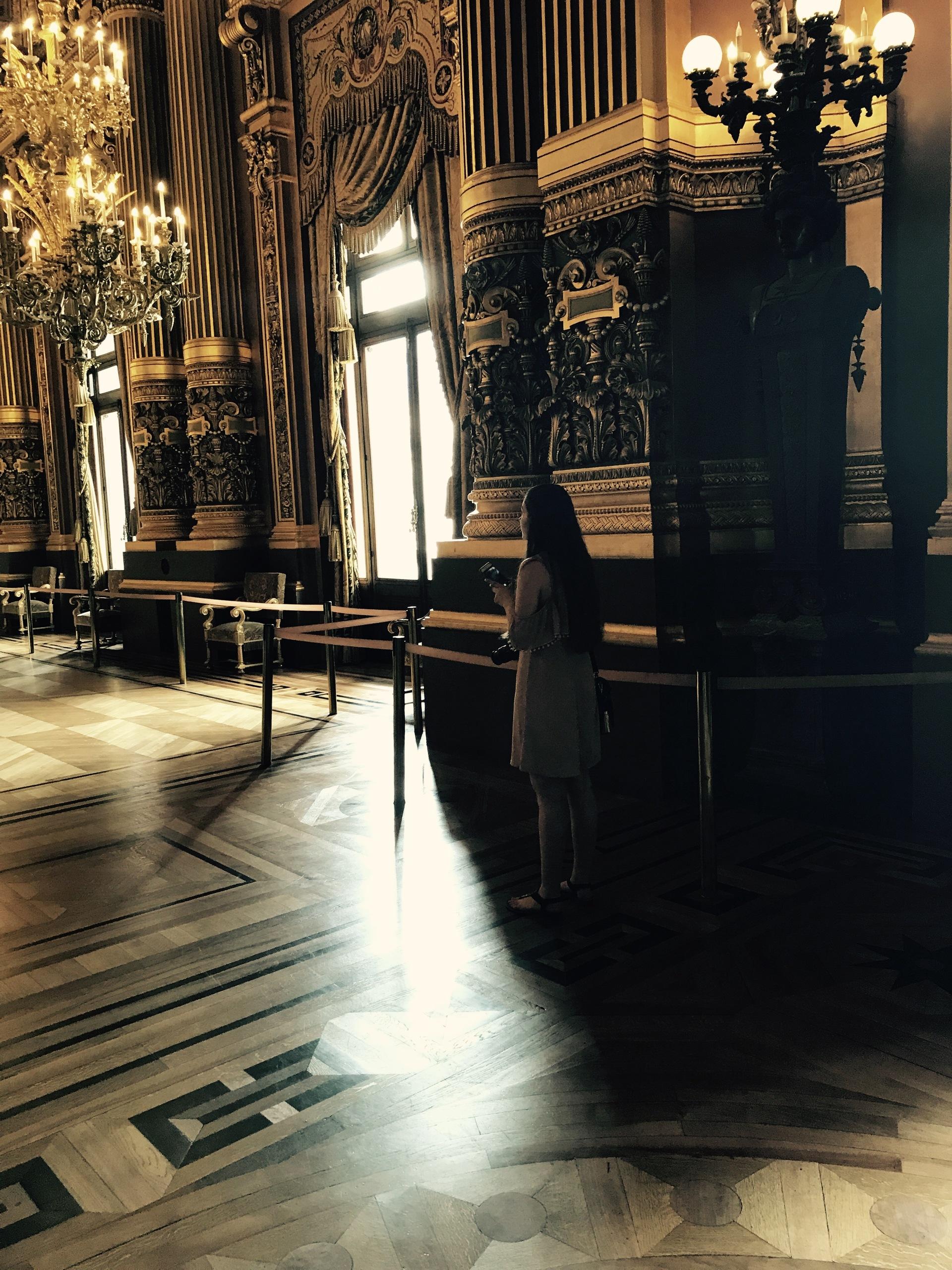 Paris Museum  | willowcatdesigns, architecture, chair, furniture
