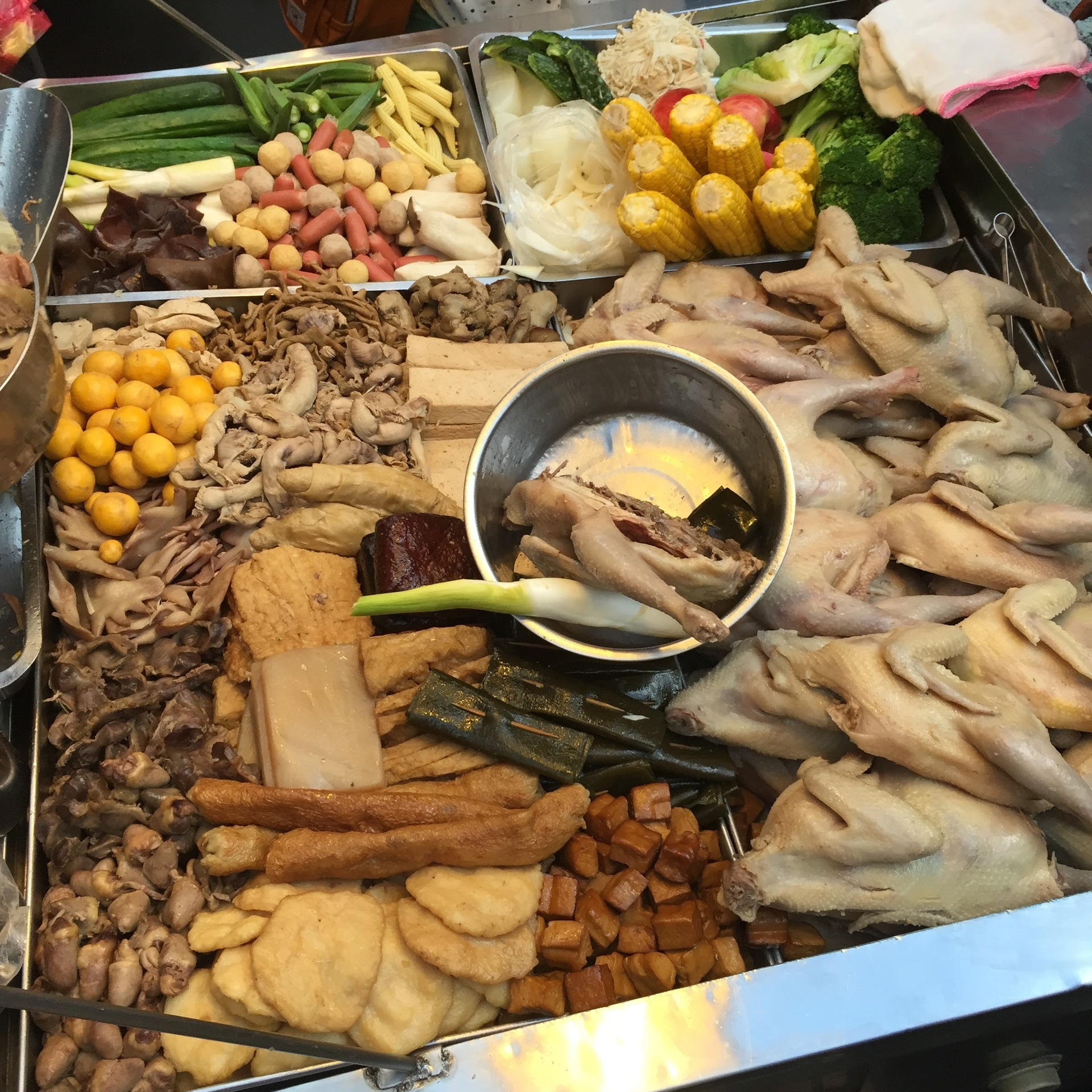 Typical taiwanese cooking preparations