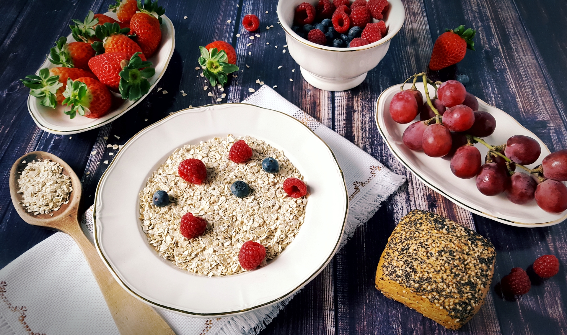 Healthy breakfast | manusfer, berry, bowl, cereal