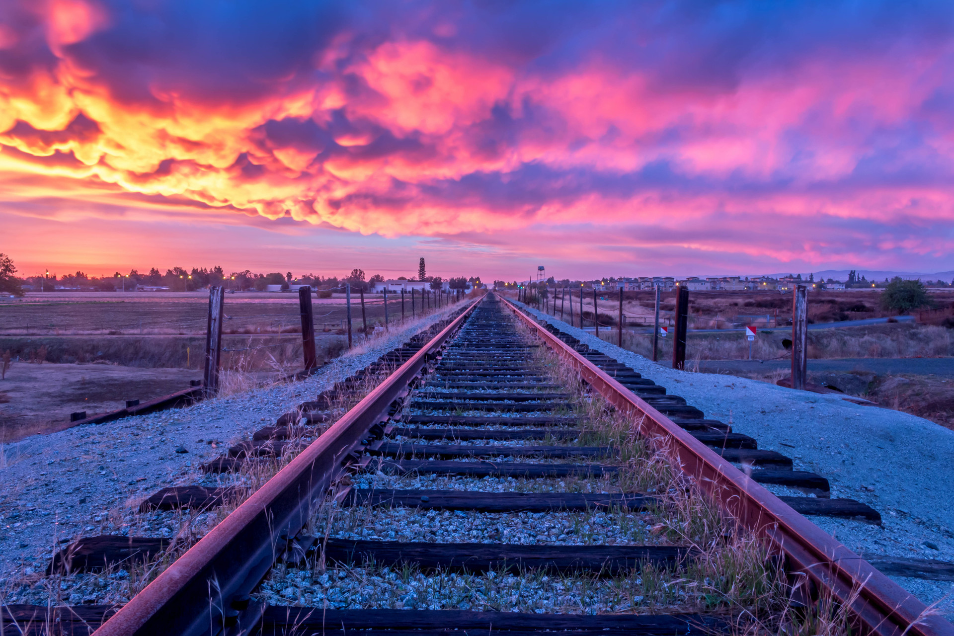 Dramatic sunset over railroad   | railroad, tracks, cloud, nobody