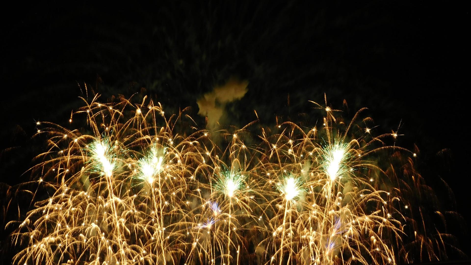 Fireworks   rick.cognyl.fournier, Montreal, light, Québec